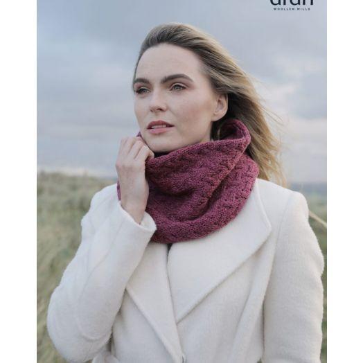 Aran Woollen Mills | Super Soft Infinity Cable Scarf | b859 - Jam Pink