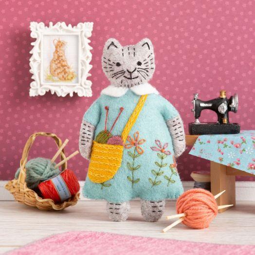 Corinne Lapierre   Mrs. Cat Mini Kit