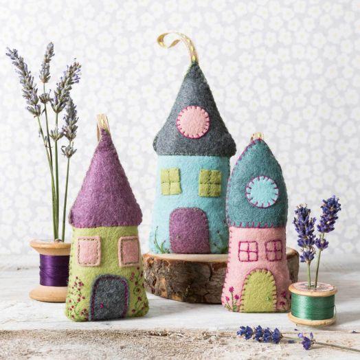 Corinne Lapierre   Lavender Houses Kit