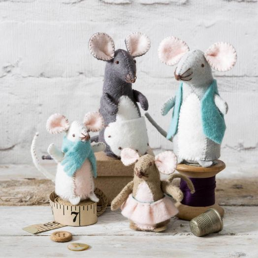 Corinne Lapierre   Mouse Family Kit