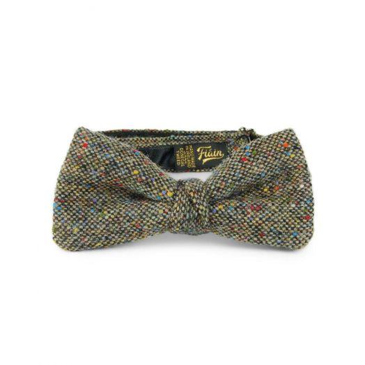 Fiáin   Donegal Tweed Bow Tie   Claddagh