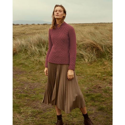 Ireland's Eye | Clonmore Chevron Cable Sweater A802- Dusky Rose