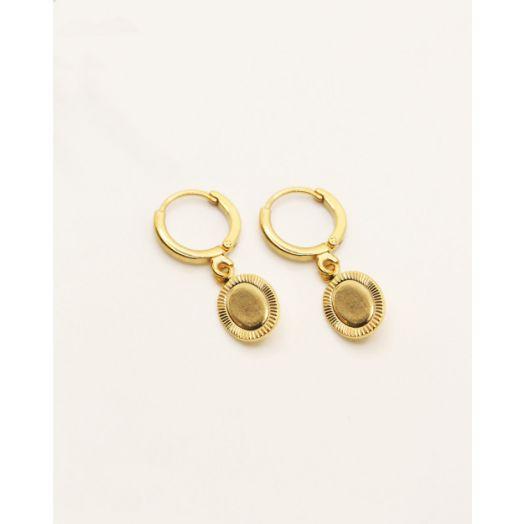 Nilai | Clea Oval Hoop Earrings - Gold