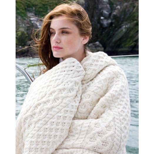 Ireland's Eye | Luxe Aran Wool and Cashmere Throw- Luxe White
