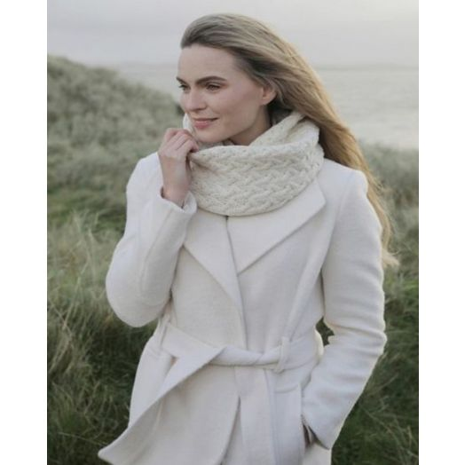 Aran Woollen Mills | Super Soft Infinity Cable Scarf | B859 - Natural